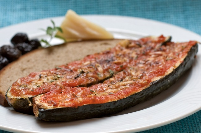 **Slow Cooker Stuffed Zucchini