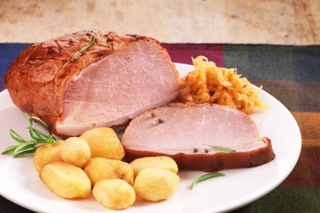 Slow Cooker Pork Loin Kraut Supper **
