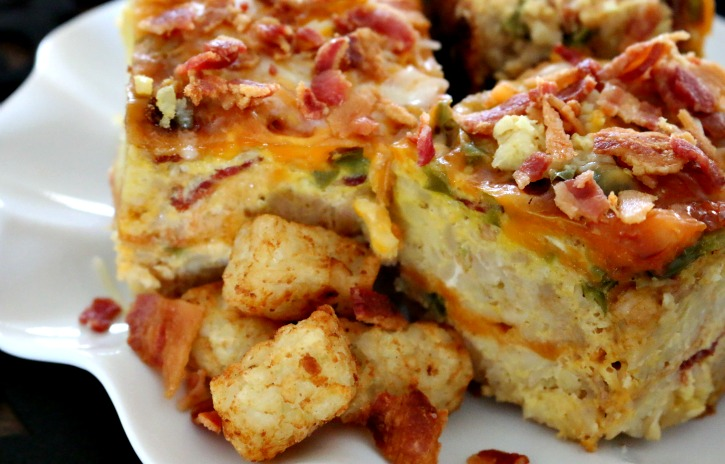 **Slow Cooker Bacon and Tater Tot Casserole