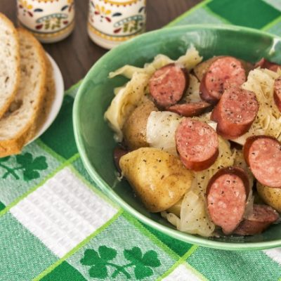 **Slow Cooker Sausage, Cabbage and Potatoes