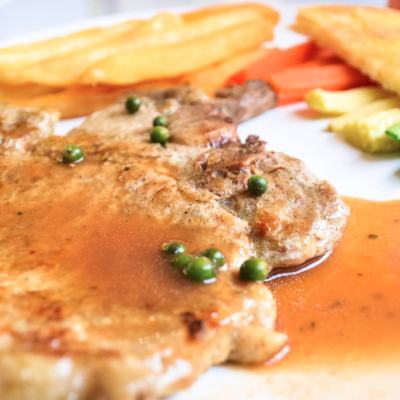Slow Cooker Pork Chops with Gravy * *