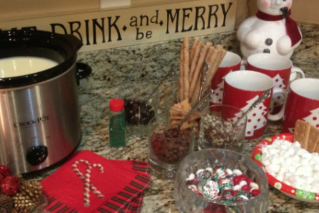 **Slow Cooker Snow White Cocoa