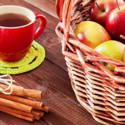 **Slow Cooker Hot Apple Tea