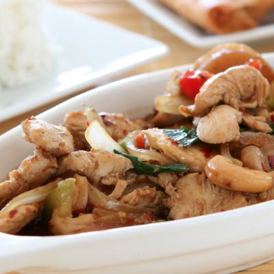**Slow Cooker Cashew Chicken