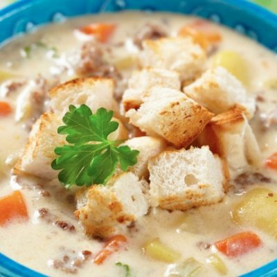 **Slow Cooker Cheeseburger Soup