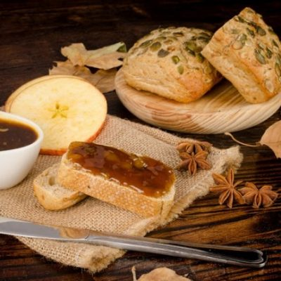 **Slow Cooker Overnight Apple Butter