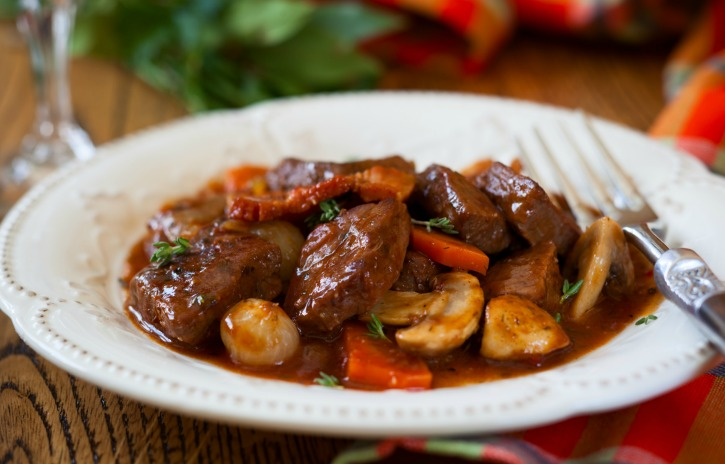 **Slow Cooker Beef and Red Wine Sauce