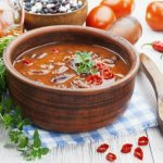 **Slow Cooker Red Chicken Chili