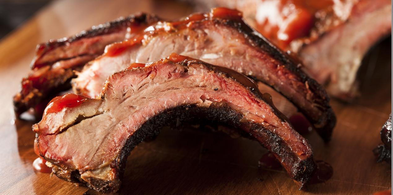 Slow Cooker Paleo BBQ Pork Ribs * *