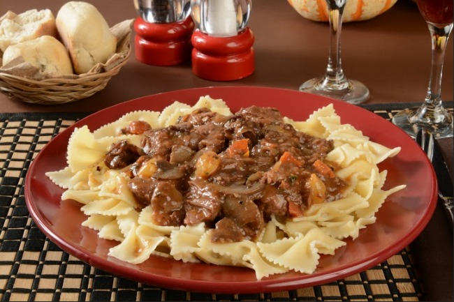 **Slow Cooker Beef Burgundy with Egg Noodles