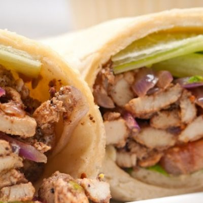 **Slow Cooker Greek Pita Chicken Sandwich