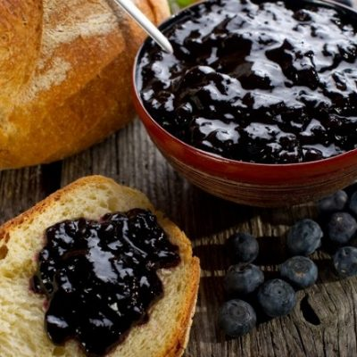 **Slow Cooker Blueberry Butter