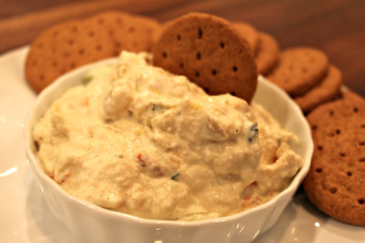 Slow Cooker Creamy Crab Dip