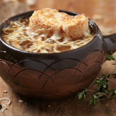**Slow Cooker Fancy French Onion Soup