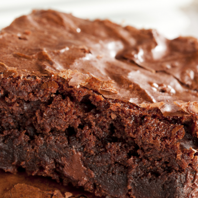 **Slow Cooker Triple Chocolate Brownie