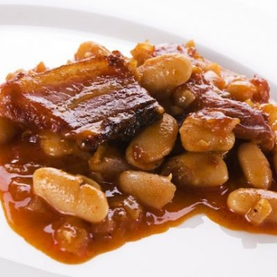 **Slow Cooker Guinness Baked Beans
