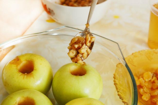 **Slow Cooker Paleo Dessert Apples