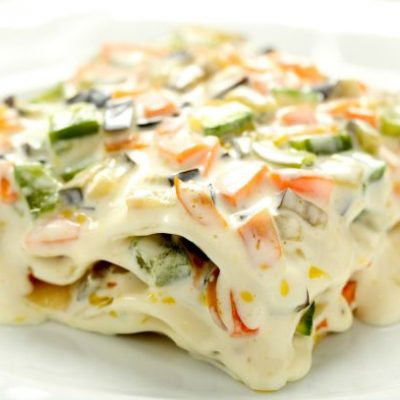 ** Slow Cooker Veggie Lasagna with Alfredo