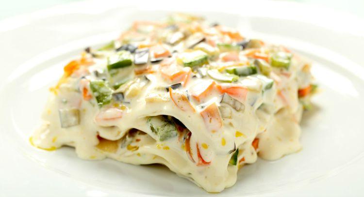 ** Slow Cooker Veggie Lasagna with Alfredo