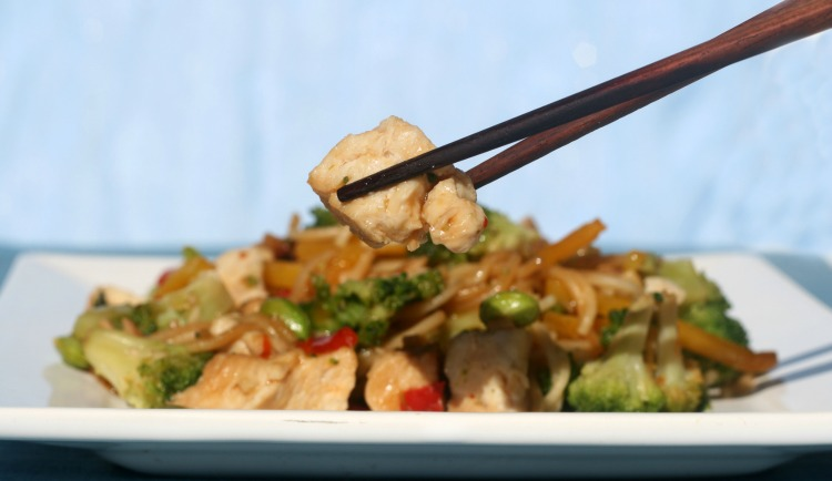 ** Slow Cooker Chinese Chicken and Rice Noodles