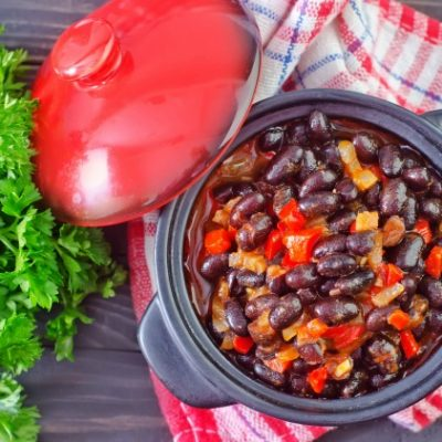 ** Slow Cooker Black Bean Turkey Chili